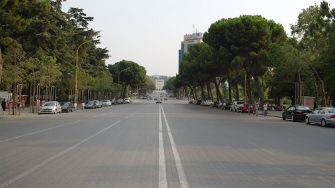 Viale a Tirana