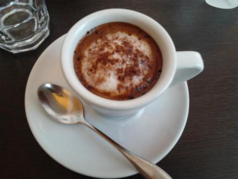 Il caffé macchiato ordinato in albania.