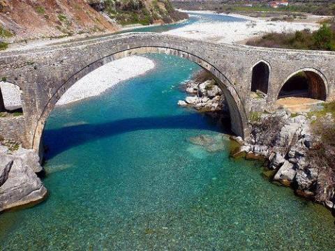 Il ponte di mezzo a Scutari