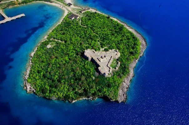 porto-palermo-albania-trip