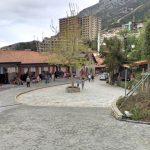 Kruja, Piazza centrale sotto il Castello